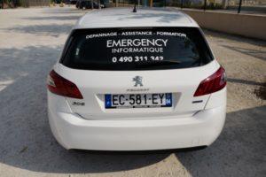 mapubauto.com fabrique la publicité pour la lunette arrière de votre véhicule de société